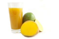 Mangofruchtsaft Lizenzfreie Stockfotos