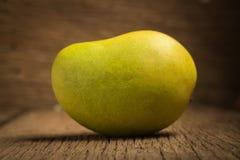 mangokleur Chartreuse Groen en geel naam yaikrom Aziatisch T Royalty-vrije Stock Afbeeldingen