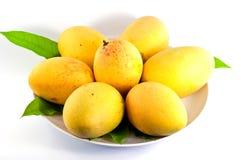 Mangos on dish Royalty Free Stock Photography