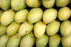 Mangos im Markt Lizenzfreies Stockbild