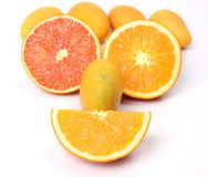 Mangos und Orangen Stockfotografie