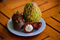 Mangostan en Thaise suiker Apple Naina Stock Fotografie
