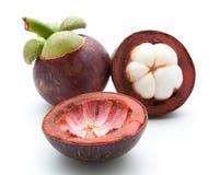 mangostan królowa owoc na bielu Obraz Stock