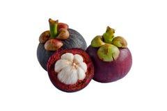 Mangostanfrucht auf der weißen Tabelle Stockfotografie