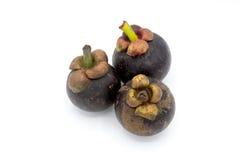 Mangostanfrucht auf weißem Hintergrund, Mangostanfruchtisolierung Lizenzfreie Stockfotos