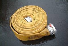 Mangueira da boca de incêndio de incêndio Fotografia de Stock
