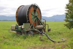 Mangueira da irrigação e válvula de controle Foto de Stock