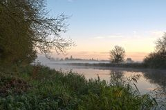 Manhã do inverno de Frost Fotografia de Stock Royalty Free