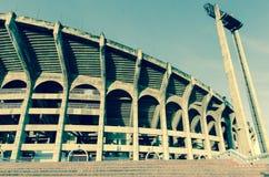manhã do nascer do sol na escadaria do staduim do futebol Foto de Stock