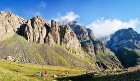 Manhã ensolarada nas montanhas turcas, Kackar Dagi imagens de stock