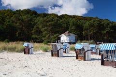 Manhã na praia em Binz, ilha de Ruegen, Alemanha Imagem de Stock Royalty Free
