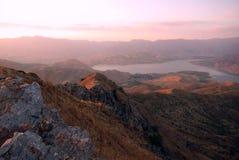 Manhã nas montanhas de Tien Shan, Usbequistão imagem de stock