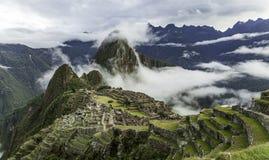 Manhã nebulosa em Machu Picchu imagem de stock royalty free