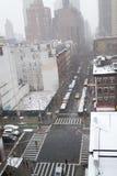 Manhã nevado de um telhado em NYC Imagens de Stock