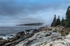 Manhã nevoenta Maine Coastline fotos de stock royalty free