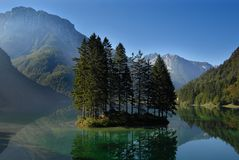 Manhã no lago imagem de stock royalty free