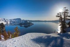 A manhã no lago crater fotos de stock royalty free