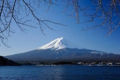 Manhã no lago Kawaguchi Imagem de Stock Royalty Free