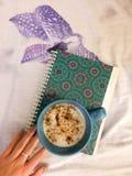 Manhã pastel com café Imagens de Stock