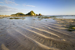 Manhã, praia, rocha e recife Imagem de Stock
