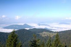 Manhã surpreendente no cume da montanha do verão - Eslováquia Fotografia de Stock