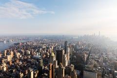 Manhattan beskådade från väldetillståndet Buildig Royaltyfri Foto