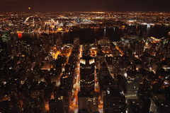 Manhattan bij Nacht Royalty-vrije Stock Foto's