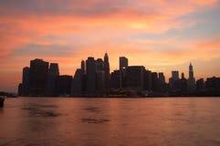 Manhattan bij schemer Royalty-vrije Stock Afbeelding