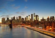 Manhattan bij zonsondergang Stock Afbeelding
