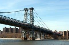 Manhattan-Brücke angesehen vom Hudson stockbilder