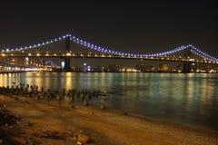 Manhattan Bridżowy noc strzał Zdjęcia Royalty Free