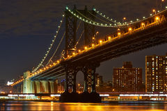Manhattan Bridge and skyline view from Brooklyn at night Stock Photography