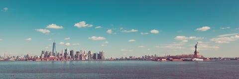 Manhattan Brooklyn et la statue de la liberté de Liberty State Image libre de droits
