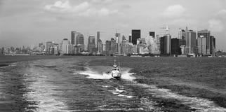 Manhattan como visto de Staten Island Ferry fotografia de stock