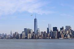 Manhattan de la isla de la libertad Foto de archivo libre de regalías