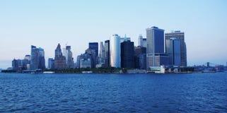 Manhattan del centro all'alba immagine stock libera da diritti