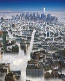 Manhattan en nubes Imagenes de archivo