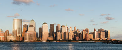 Manhattan Financieel bij zonsondergang Stock Foto