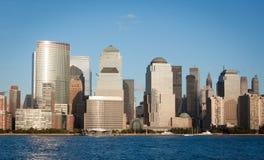Manhattan-Finanzbezirk vom Jersey City Stockfotografie