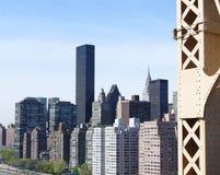 Manhattan från den 59th gatabron Arkivbilder