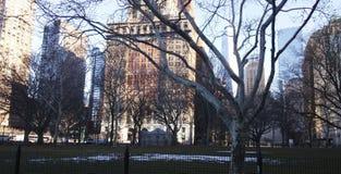 Manhattan-Gebäude im Winter stockbild