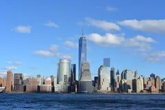 Manhattan horisont och Hudson River Arkivbilder