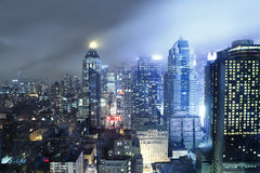 Manhattan horisont på natten Fotografering för Bildbyråer