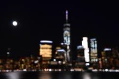 Manhattan linia horyzontu przy nocą, NYC fotografia royalty free