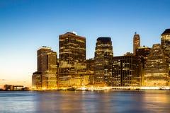 Manhattan linii horyzontu półmrok Zdjęcia Royalty Free