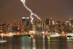 Manhattan-Midtown-Skyline nachts Lizenzfreie Stockfotografie