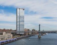 Manhattan most nad Wschodnią rzeką i budynkami Manhattan, w Nowy Jork, usa zdjęcie stock