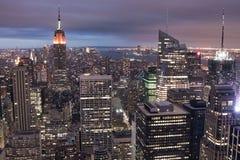 Manhattan na noite Imagem de Stock