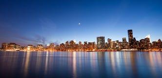 Manhattan-Nacht Lizenzfreies Stockbild