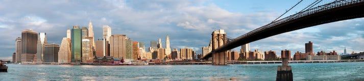 Manhattan nad rzeką - wczesny morninig zdjęcia stock